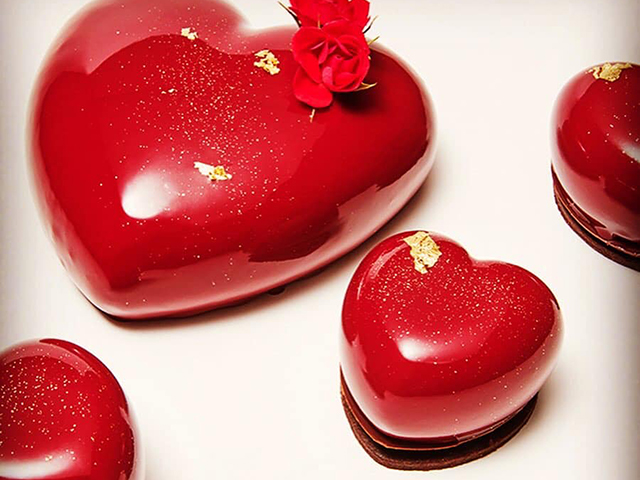 VALENTINE'S DAY & WHITE DAY SWEETS